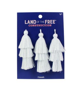 Land of the Free Tassels 3/Pkg-White