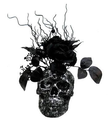 Maker's Halloween Skull Arrangement