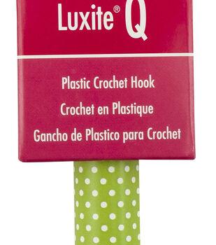 Susan Bates Luxite Q Plastic Crochet Hook