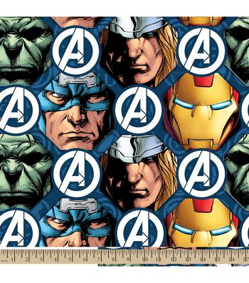 "Marvel Comics Avengers Fleece Farbic 59""-Faces"