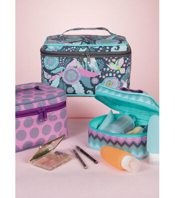 McCall's Pattern M7487 Travel Cases in Three Sizes