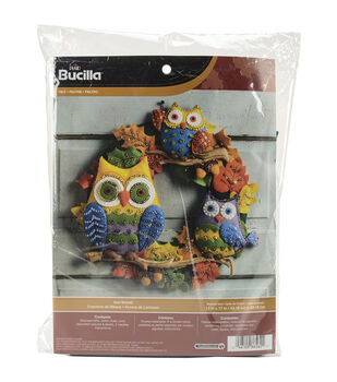 Bucilla Wreath Felt Applique Kit-Owl