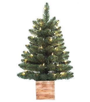 Handmade Holiday 2' Pre-lit Christmas Tree with Wood Base