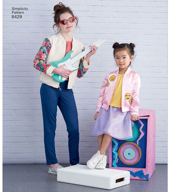 Simplicity Pattern 8429 Children's/Girls' Apparel-Size K5 (7-8-10-12-14)