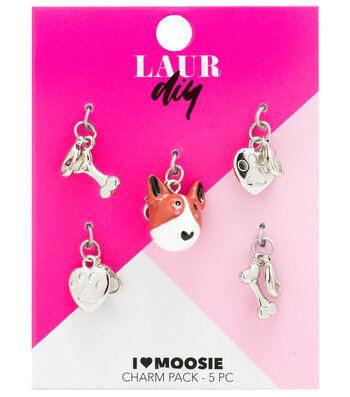 LaurDIY Charms-Moosie