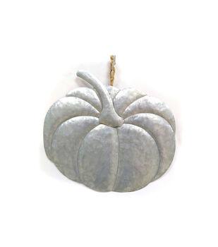 Maker's Halloween Craft Metal Pumpkin Hanging Sign