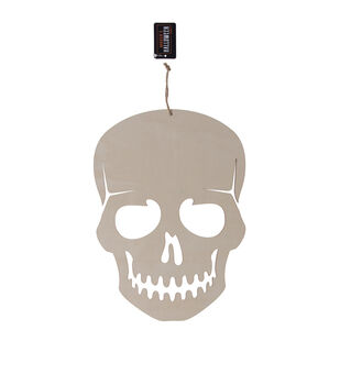 Maker's Halloween Craft 8.3''x0.2'' Wooden Hanging Scary Skull