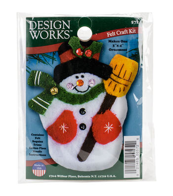 Design Works 3''x4'' Snowman with Broom Ornament Felt Craft Kit