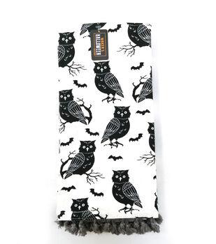 Maker's Halloween Decor 16''x26'' Towel with Trim-Owls