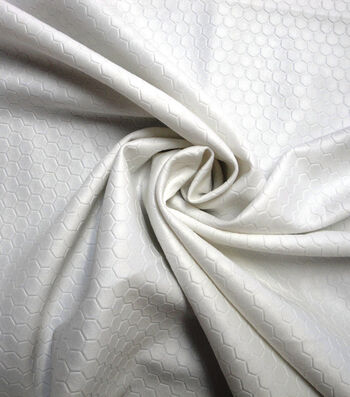 Yaya Han Cosplay Stretch Fabric 59''-White Scuba Hexagon