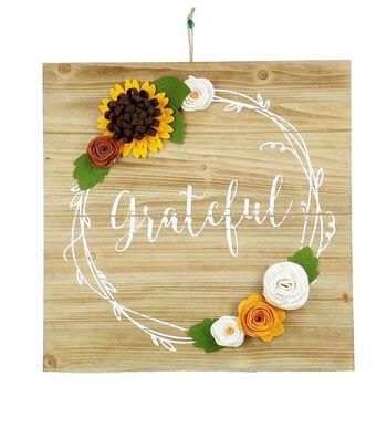 Simply Autumn Felt Wreath Grateful Wall Decor