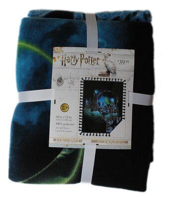 Harry Potter No Sew Throw Fleece Kit-Hogwarts Constellation