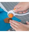 Fiskars 2\u0027\u0027 Squeeze Punch & Acrylic Template-Hexagon