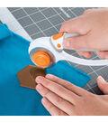 Fiskars 1.5\u0027\u0027 Squeeze Punch & Acrylic Template-Hexagon
