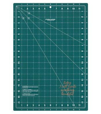 """Lia Griffith Fashion Cutting Mat 12"""" x 18"""""""