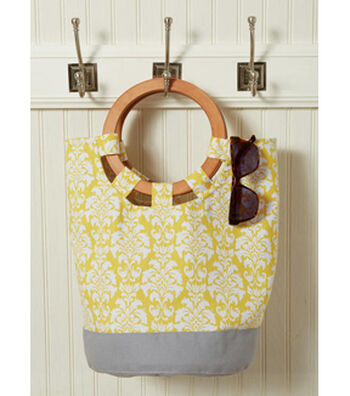 McCall's Pattern M7611 Misses' Tote Bags with Handle & Contrast Options