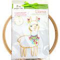 Penguin & Fish 8\u0027\u0027 Round Embroidery Wall Art Kit-Llama