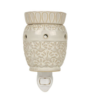 Hudson 43 Candle & Light Collection White Pineapple Plug In