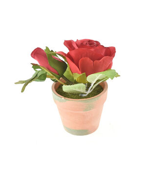 Fresh Picked Spring 5'' Roses in Clay Pot-Red