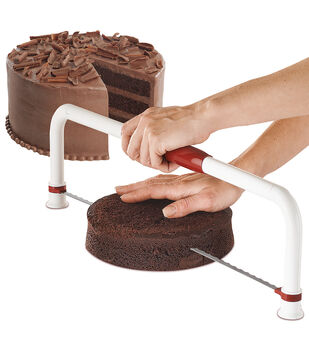 Wilton Ultimate Folding Cake Leveler