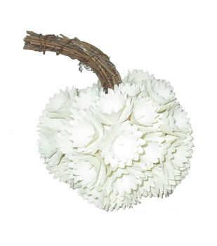 Simply Autumn Small Plastic Woodchip Pumpkin-White