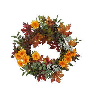 Blooming Autumn Daisy, Berry & Leaf Wreath