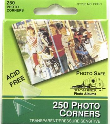 Pioneer Self-Adhesive Photo Corners Clear