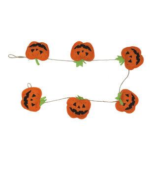 Maker's Halloween Felt Pumpkin Banner