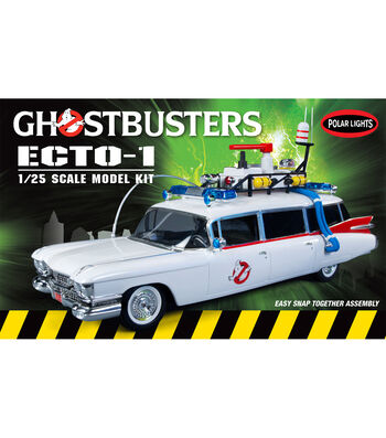 Polar Lights Ghostbusters Ecto-1 1:25 Model Car Kit