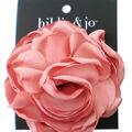 hildie & jo 3.5\u0027\u0027x3.5\u0027\u0027 Rose with Smooth Petals Embellishment-Pink