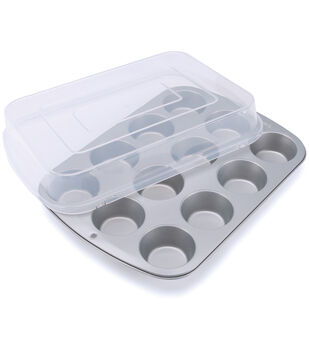Wilton Covered Muffin Pan