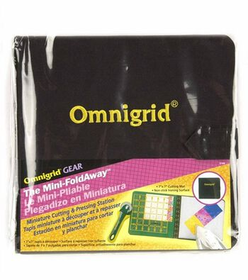 """Omnigrid Fold-Away Cutting Station 7"""" x 7"""""""