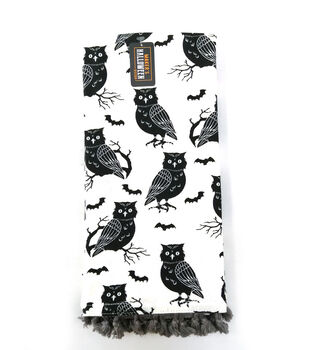Maker's Halloween Decor 16''x26'' Towel with Trim-Owls
