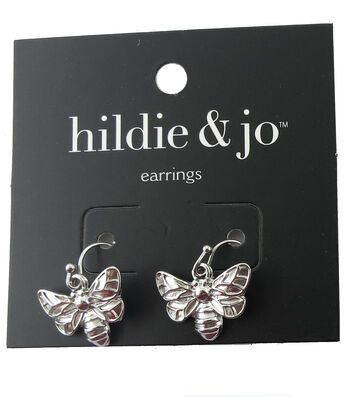 hildie & jo 0.5''x0.75'' Bee Silver Earrings