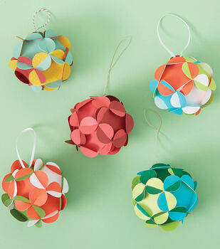 How To Make A 3-D Paper Ornaments