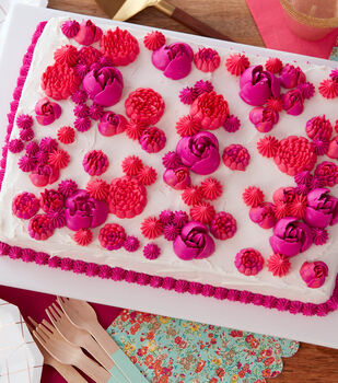 How To Make A Easy Blooms Floral Sheet Cake