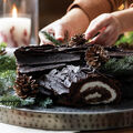 How To Make A Holiday Log Cake with Floral