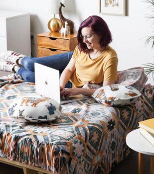How To Make a Fleece Dorm Room