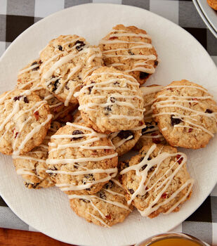 How To Make Maple and Brown Sugar Oatmeal Cookies