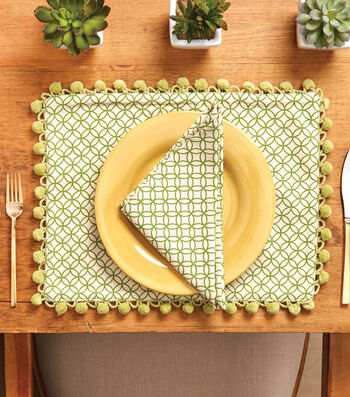 How To Make a Place Mat And Napkin With Trim