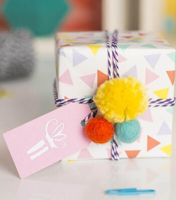 How To Make A Celebrations Gift Tag