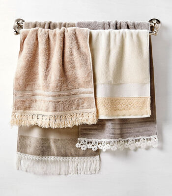 Make Hand Towels With Lace Trim