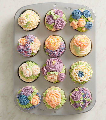 How To Make Floral Cupcakes and Holder