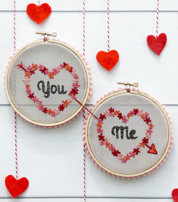 How to Make You & Me – Mesh Valentine Hoop Set