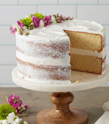Make A Classy White Butter Cake with Edible Flowers