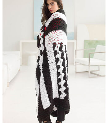 How To Crochet A Graphic Black and White Afghan