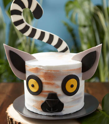 How To Make a Wacky and Wild Lemur Cake