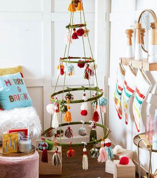 How To Make A Yarn Christmas Tree