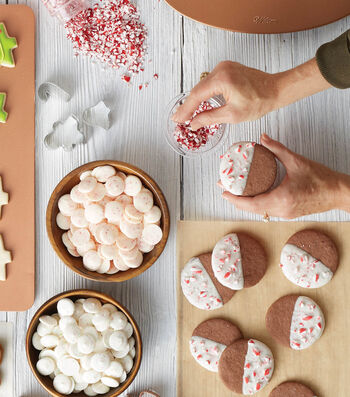 How To Bake Candy Cane Dip Cookies