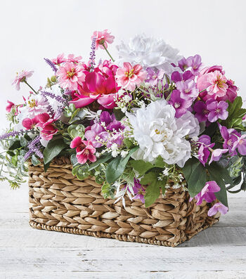 How To Make a Natural Basket Arrangement